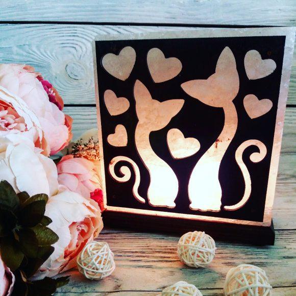 Соляна лампа «Закохані коти»