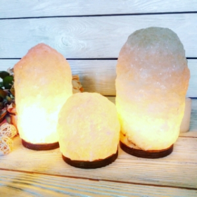 Соляна лампа «Скеля»